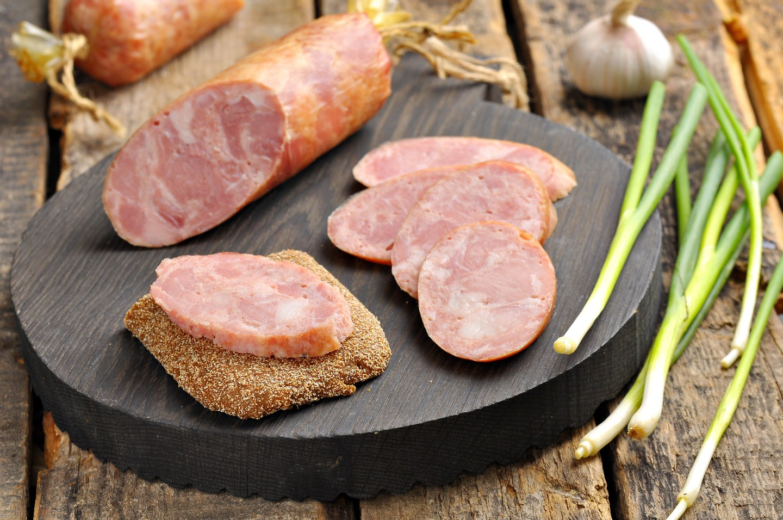Колбаса домашняя из говядины рецепт в домашних условиях