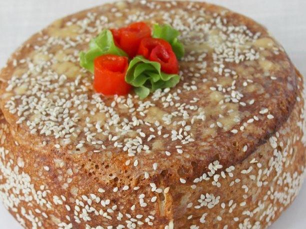Блинно-мясной торт