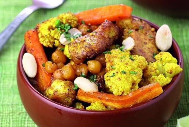 Курица с овощами и нутом по-индийски