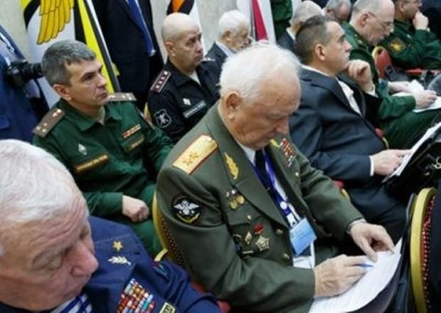 Военных пенсионеров опять кинули в 2019 году