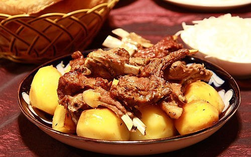 Узбекское национальное блюдо — казан – кабоб
