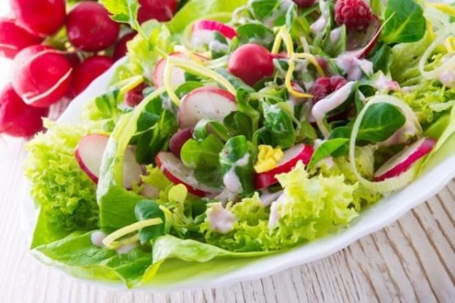 5 лучших весенних витаминных салатов: простые и вкусные рецепты
