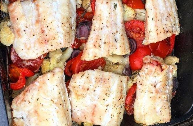 Филе судака на овощной подушке