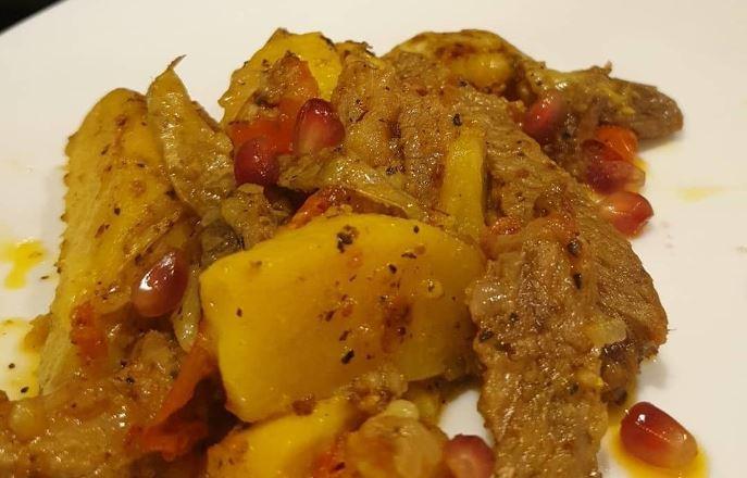 Тушеная говядина с овощами в казане