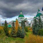 Русская церковь 20 сентября 2020 года чтит память преподобных Макария Оптинского и Луки Глубокореченского