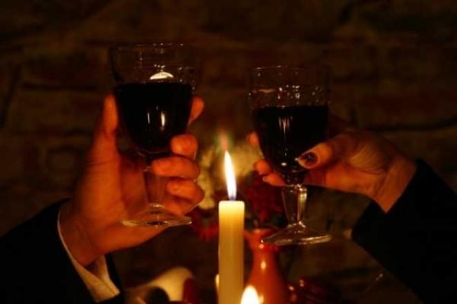 Необычный праздник День посиделок при свечах отмечается 17 октября