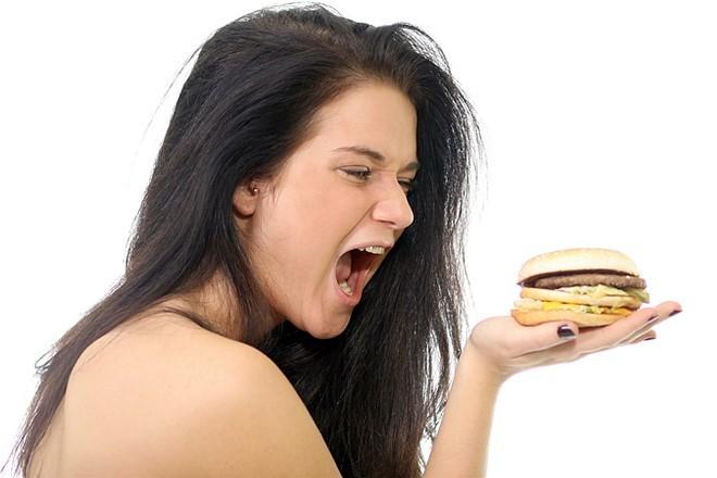 Исследователи рассказали, как именно развивается жировая болезнь печени и ожирение