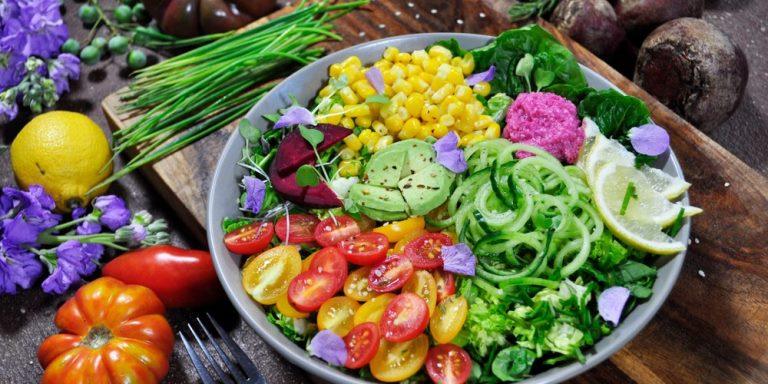 Эксперты показали, чем полезна растительная диета