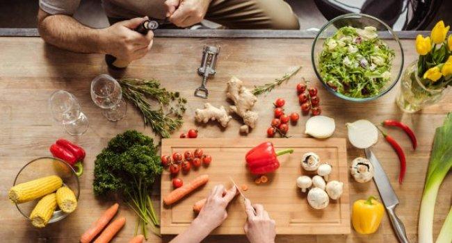 Как приготовление пищи или наблюдение за этим процессом может привести к набору веса