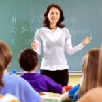 Учителя могут быть главными распространителями коронавируса в школах – исследование