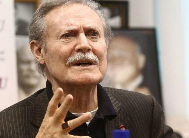85-летний Юрий Соломин госпитализирован с коронавирусом