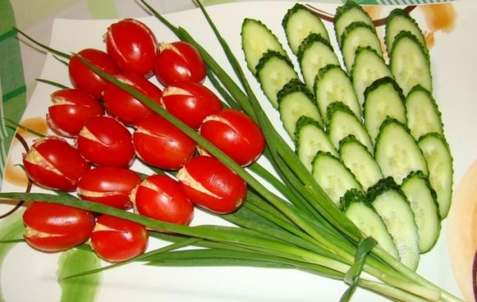 Закуска к 8 марта «Красные тюльпаны»