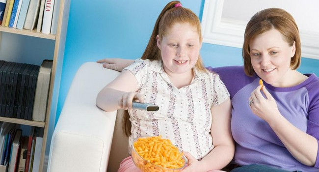 Чем лишний вес опасен для девочек?