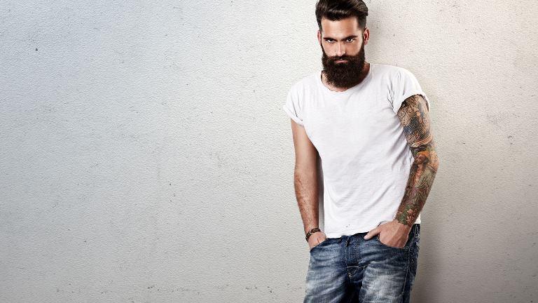 Мужские футболки. Какие бывают и как используются