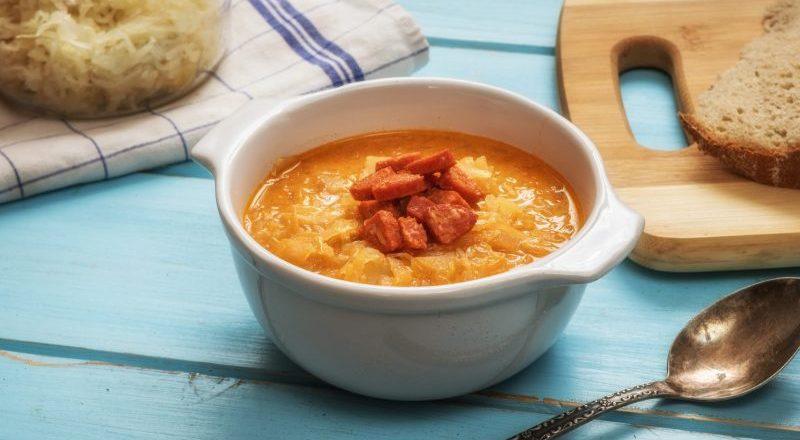 Зелначка — чешский суп из квашеной капусты