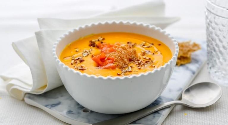 Тыквенный суп с копченой семгой