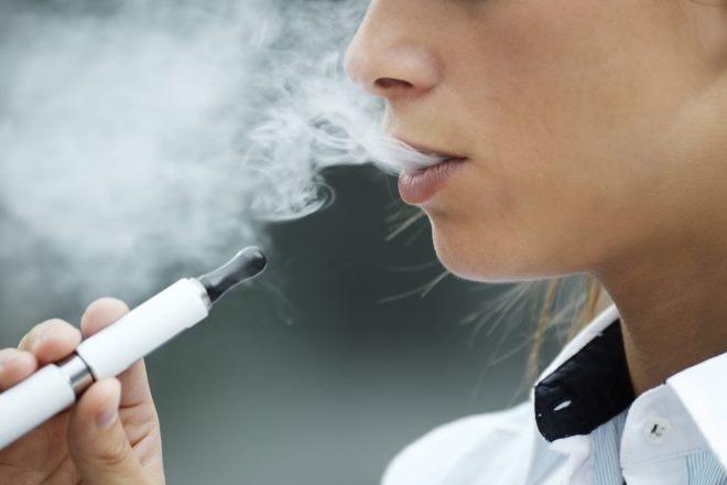 В России школьников-курильщиков выявят на медосмотрах